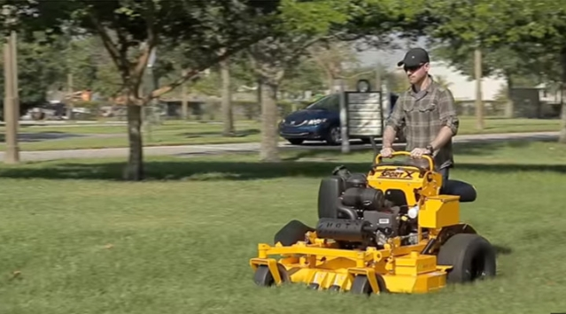 Zero turn lawn mowers